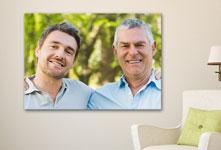 Plexiglass in soggiorno_esempio padre figlio adulti