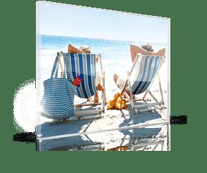 foto su plexiglass per natale 1_esempio coppia sdraio al mare